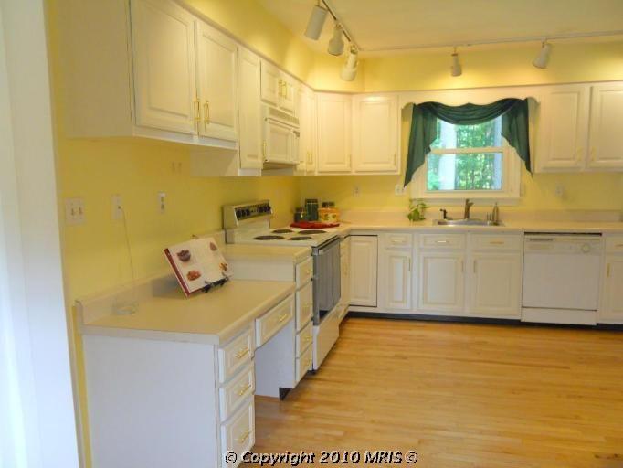 a2-kitchen.jpg